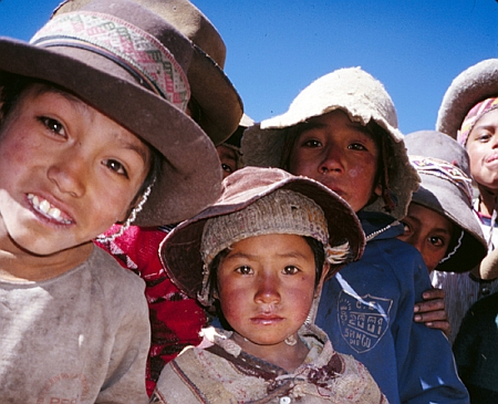 andes single girls Volunteer for women's empowerment and girls' education with ivhq  in finance,  health, communication, women's rights, and single parenting  aged 14 to 18  focuses on challenges faced by girls and women in the andes,.