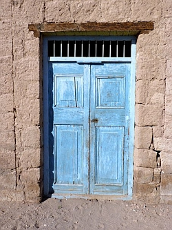adobe door Atacama